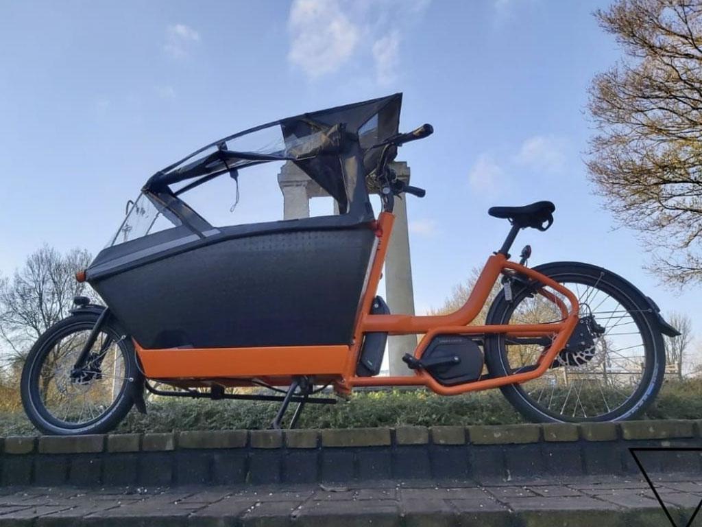 Urban Arrow fiets overspuiten 01